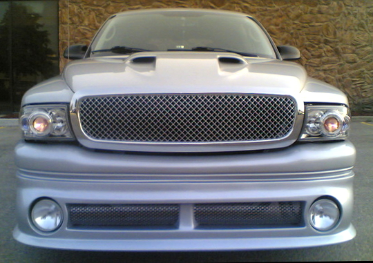 Replace 1997-2004 Dodge Dakota Front Grill in less than 1 hour - Step 2