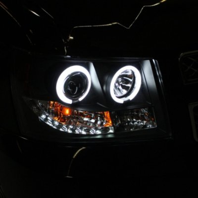 Chevy Tahoe 2007-2014 Black Halo Projector Headlights with Integrated LED