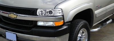 Chevy Suburban 2000-2006 Clear Halo Projector Headlights with LED
