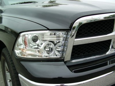 Dodge Ram 2009-2016 Clear Halo Projector Headlights with LED DRL