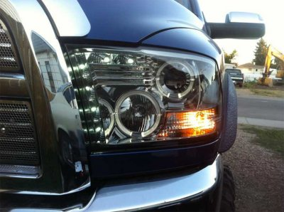 Dodge Ram 2009-2016 Smoked Halo Projector Headlights with LED DRL