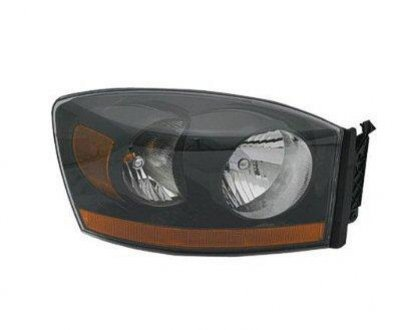 Dodge Ram 2500 2006 Right Penger Side Replacement Headlight