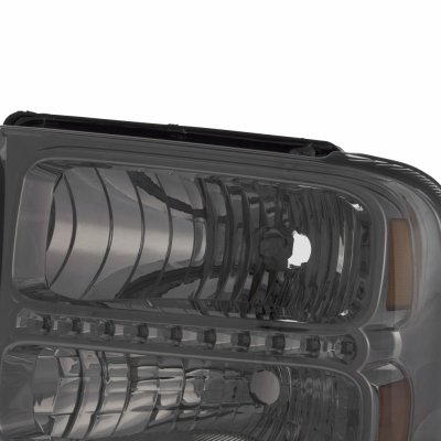 Ford F550 Super Duty 2005-2007 Smoked Headlights LED Daytime Running Lights