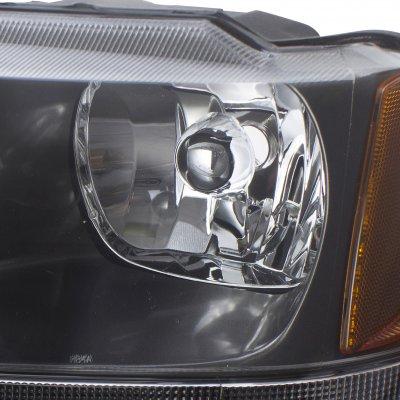 jeep grand cherokee 1999 2004 black headlights a132yn3q102 topgearautosport. Black Bedroom Furniture Sets. Home Design Ideas