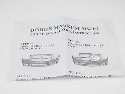 Dodge Magnum 2005-2007 Black Mesh Grille