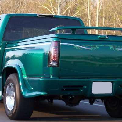 Chevy Silverado 1988-1998 Black Full LED Third Brake Light Cargo Light
