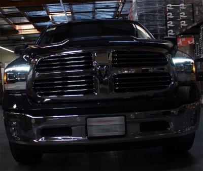 Dodge Ram 2009-2018 5th Gen Black Projector Headlights LED DRL Dynamic Signal Activation