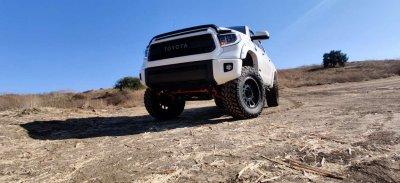 Toyota Tundra 2014-2021 Glossy Black LED Quad Projector Headlights DRL Activation Level