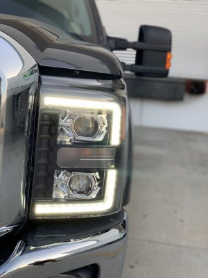 Ford F550 Super Duty 2011-2016 Glossy Black Smoked Projector Headlights LED DRL Dynamic Signal