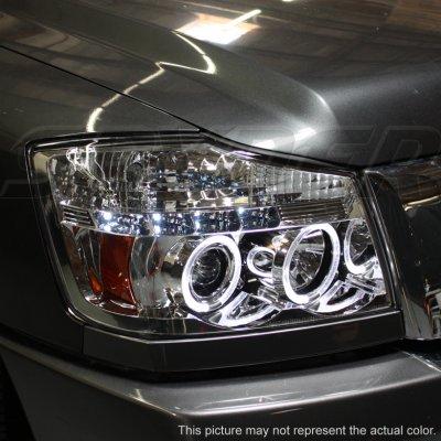 Nissan Armada 2004-2007 Smoked Projector Headlights and Fog Lights